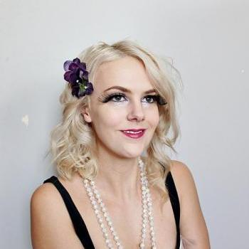 dark purple floral flowers clear hair comb // burlesque // flapper style // floral